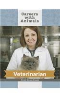 9781627124652: Veterinarian (Careers with Animals)