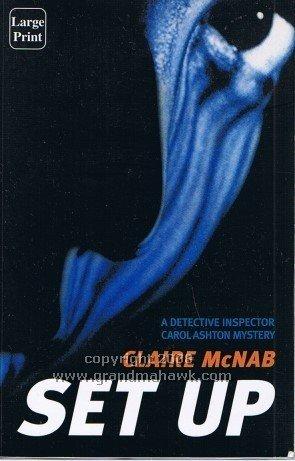 9781740306911: SET UP: A Detective Inspector Carol Ashton Mystery (Large Print)