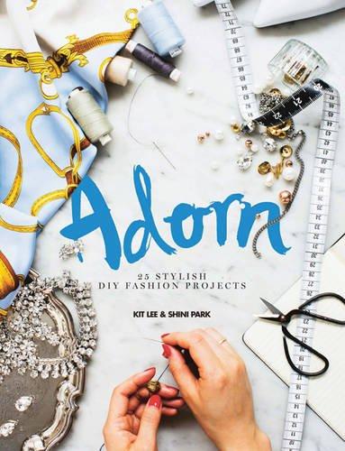 9781742706535: Adorn: 25 Stylish DIY Fashion Projects