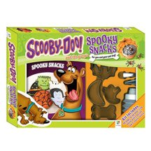 9781743085448: Scooby Doo and the Gang's Spooky Snacks [With 4 Cookie Cutters/Squeeze Bottle/Nozzles and Recipe Book]