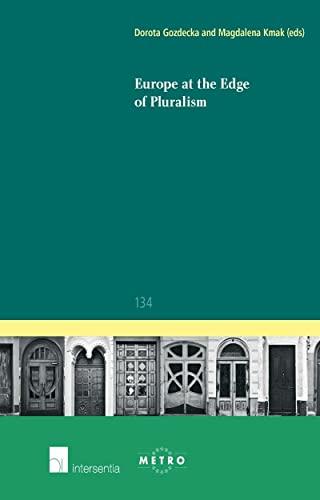 9781780683065: Europe at the Edge of Pluralism (Ius Commune Europaeum)