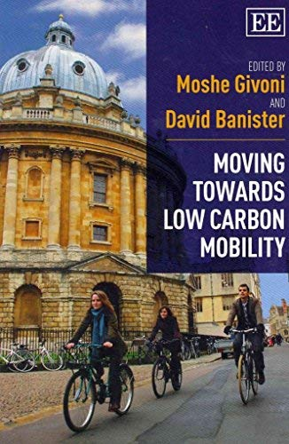 9781781007235: Moving Towards Low Carbon Mobility