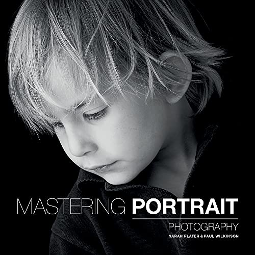 9781781450857: Mastering Portrait Photography