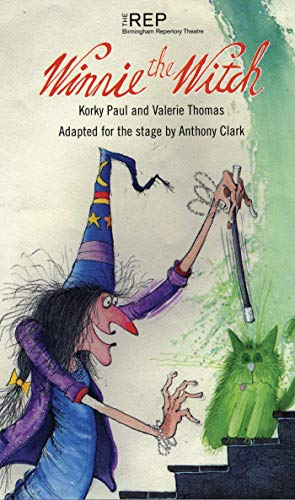 9781840022551: Winnie the Witch (Adapted for the Stage by Anthony Clark)