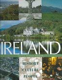Ireland: A Celebration of Her History and: Brewer, Paul