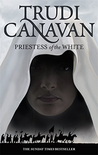 9781841495156: Priestess Of The White: Book 1 of the Age of the Five