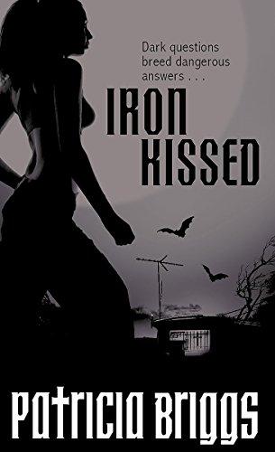 9781841496856: Iron Kissed (Mercy Thompson, Book 3)