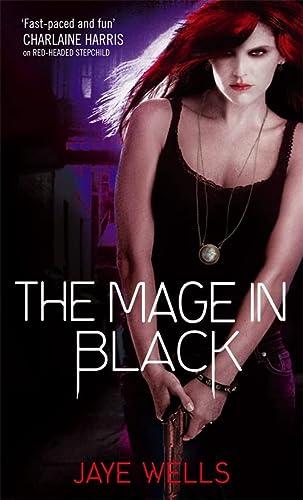 9781841497570: The Mage in Black (Sabina Kane)
