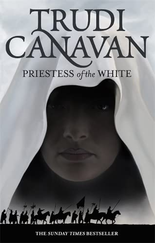 9781841499635: Priestess Of The White: Book 1 of the Age of the Five