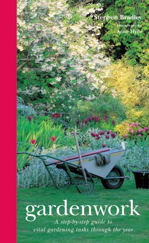 9781841720340: Year in the Garden: A Practical Guide to Seasonal Maintenance