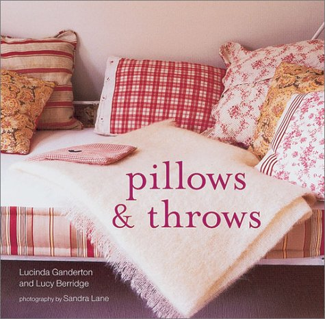 9781841724768: Pillows and Throws