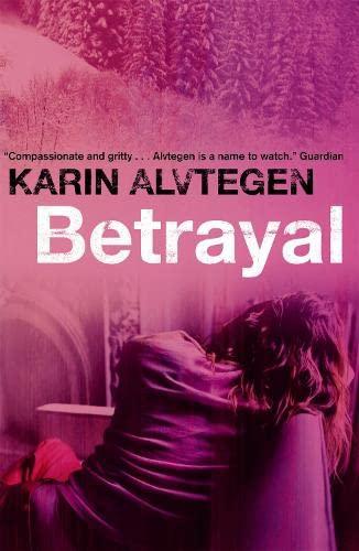 9781841959368: Betrayal