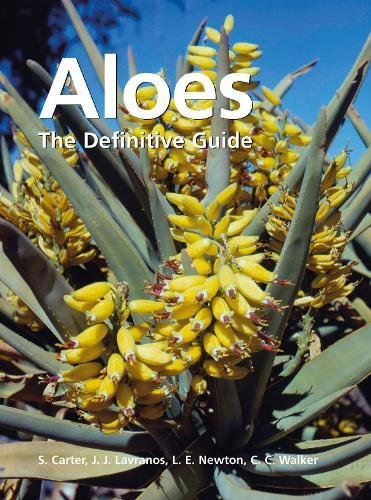 9781842464397: Aloes: The Definitive Guide