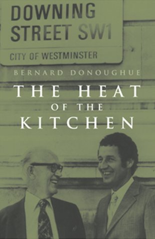 9781842750513: The Heat of the Kitchen