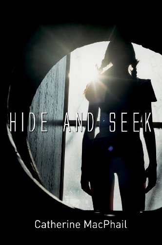 9781842996584: Hide and Seek