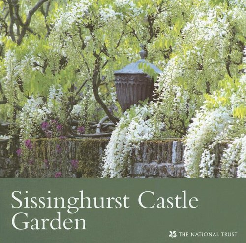 9781843590910: Sissinghurst Castle Garden (Kent) (National Trust Guidebooks)