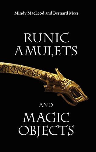 9781843832058: Runic Amulets and Magic Objects