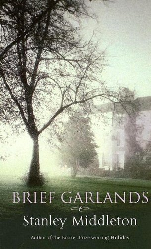 9781843957201: Brief Garlands (Charnwood Large Print)