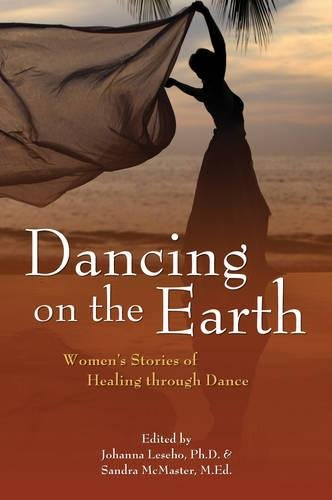 9781844095452: Dancing on the Earth: Women's Stories of Healing and Dance