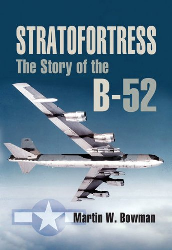 9781844152346: Stratofortress: The Story of the B-52 (Pen and Sword Large Format Aviation Books)