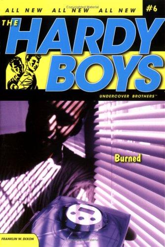 9781847381057: Burned (Hardy Boys)
