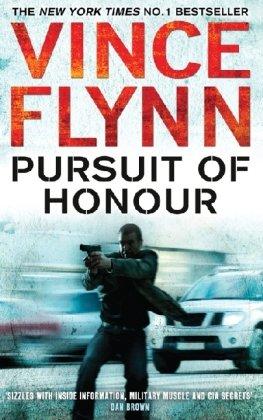 9781847398048: Pursuit of Honour (The Mitch Rapp Series)