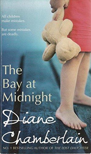 9781848450554: The Bay at Midnight