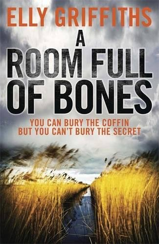 9781849163705: A Room Full of Bones (The Dr Ruth Galloway Mysteries)