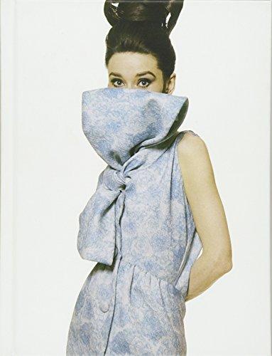 Vogue on Hubert De Givenchy (Vogue on Designers) (9781849493130) by D. Beyfus