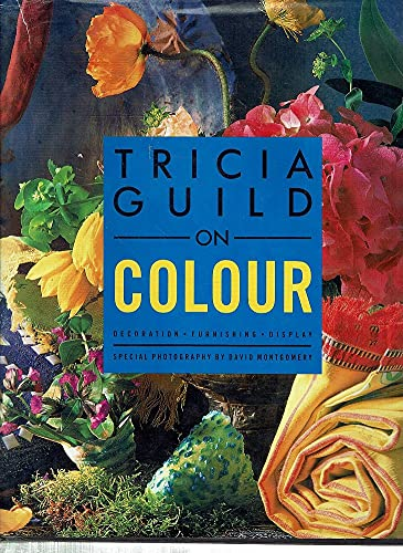 9781850293996: Decorating with Colour: Decoration, Furnishing, Display