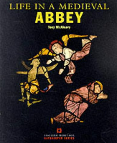 9781850745921: Life in a Medieval Abbey (Gatekeeper S.)