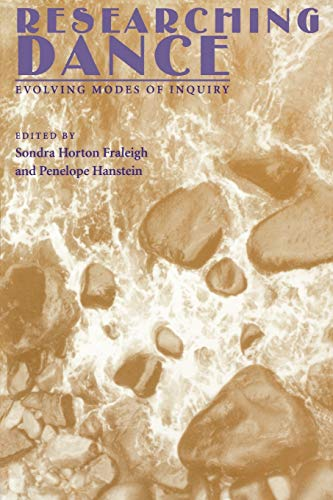 9781852730673: Researching Dance: Evolving Modes of Enquiry