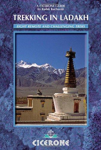 9781852846756: Trekking in Ladakh