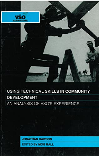 9781853390784: Using Technical Skills in Community Development
