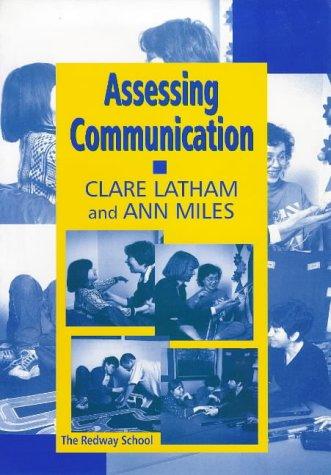 9781853465031: Assessing Communication