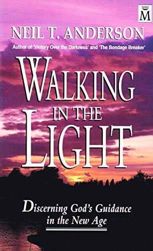 9781854242006: Walking in the Light