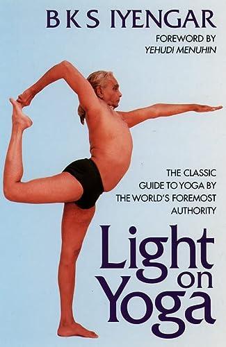 9781855381667: Light on Yoga