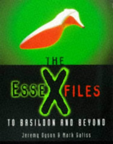 9781857027471: The Essex Files: To Basildon and Beyond