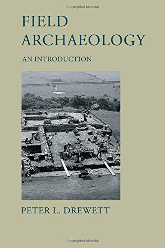9781857287370: Field Archaeology: An Introduction