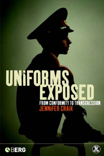 9781859738047: Uniforms Exposed: From Conformity to Transgression (Dress, Body, Culture)