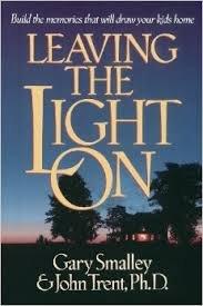9781860240713: Leaving the Light on