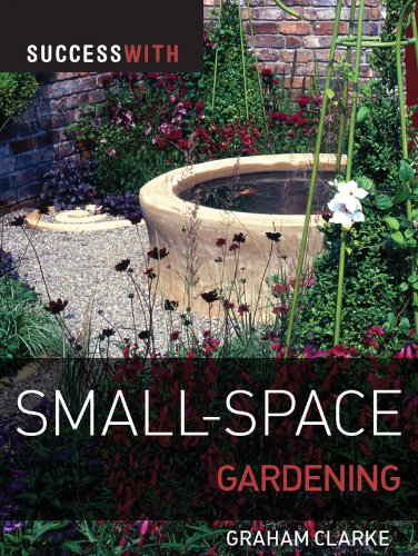 9781861086655: Success with Small-Space Gardening (Success with Gardening)