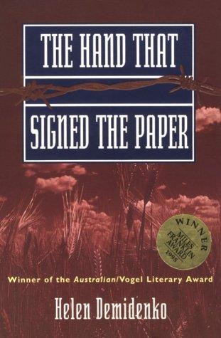 9781863736541: The Hand That Signed the Paper (Allen & Unwin Original Fiction)