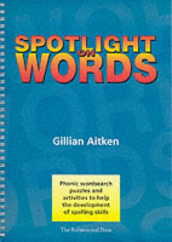 9781869981518: Spotlight on Words Book 1: Phonic Wordsearch Puzzles and Activities to Help the Development of Spelling Skills