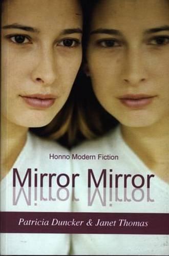 Mirror Mirror : Short Stories by Women: Janet Thomas (Editor),