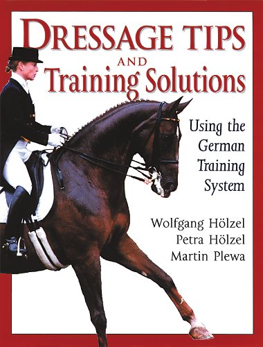 9781872119359: Dressage Tips and Training Solutions: Using the German Training System