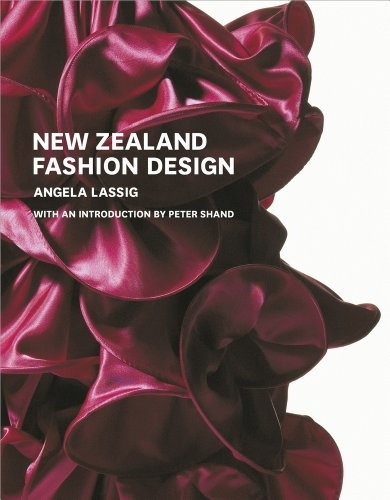 9781877385377: New Zealand Fashion Design