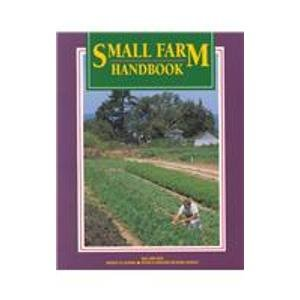 9781879906235: Small Farm Handbook (SFP001)