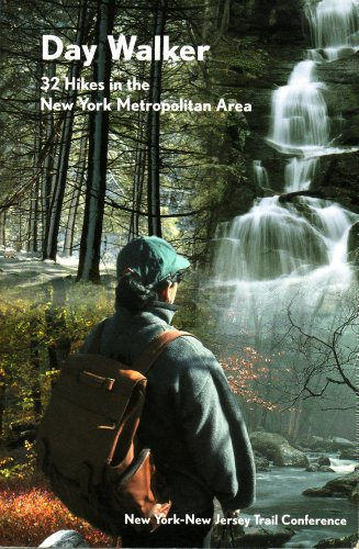 9781880775288: Day Walker: 32 Hikes in the New York Metropolitan Area