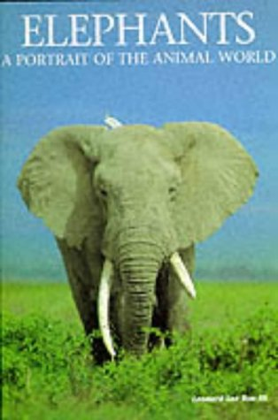 9781880908228: Elephants: A Portrait of the Animal World (Portraits of the Animal World)